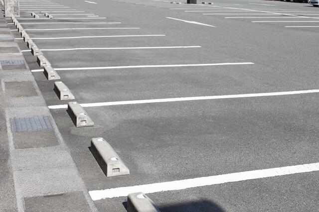 コンビニの無断駐車!コンビニ担当の顧問弁護士が教える対策方法