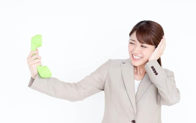 電話やメールでクレーマーの対応をする場合の注意点