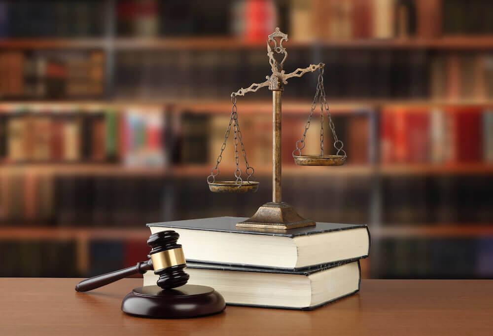 仕事内容と関連する法律