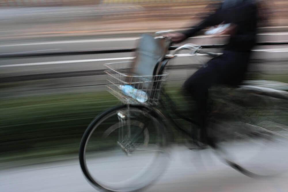自動車通勤や自転車通勤を隠して定期券を買わない場合